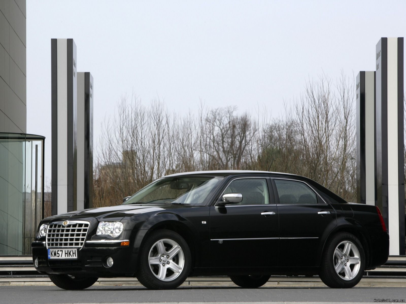 Руководство по ремонту и эксплуатации Крайслер 300С (Chrysler 300C)